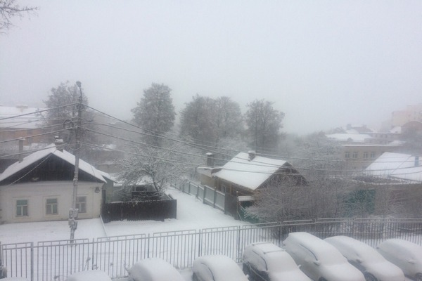 Калугу засыпало снегом